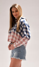 Load image into Gallery viewer, Ombre Checkered Blouse