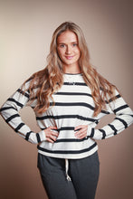 Load image into Gallery viewer, Black & White Striped Pullover