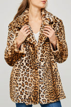 Load image into Gallery viewer, Leopard faux fur coat