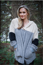 Load image into Gallery viewer, Fuzzy Color block Wrap Sweater