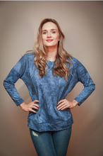 Load image into Gallery viewer, Blue Tie Dye Pullover