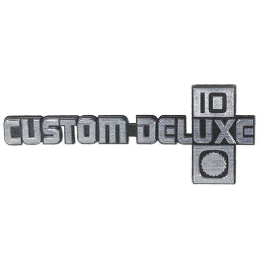 Custom Deluxe 10 Badge