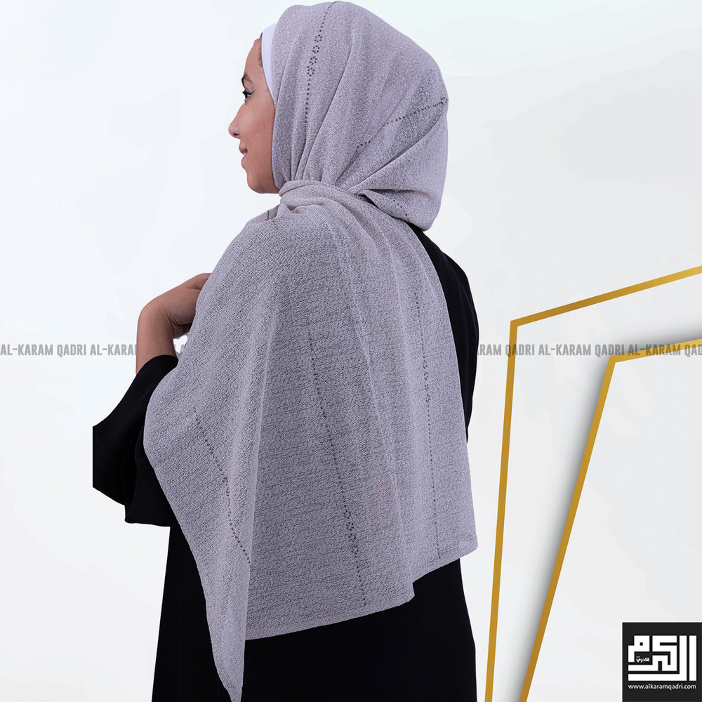 Load image into Gallery viewer, Light Studded Shawl