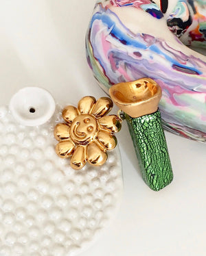 Flower Charm Chillum