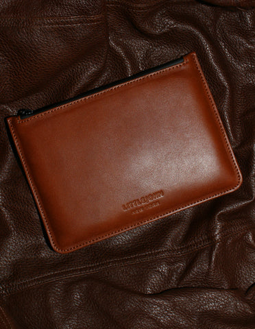 Stow Pouch in Cinnamon Brown