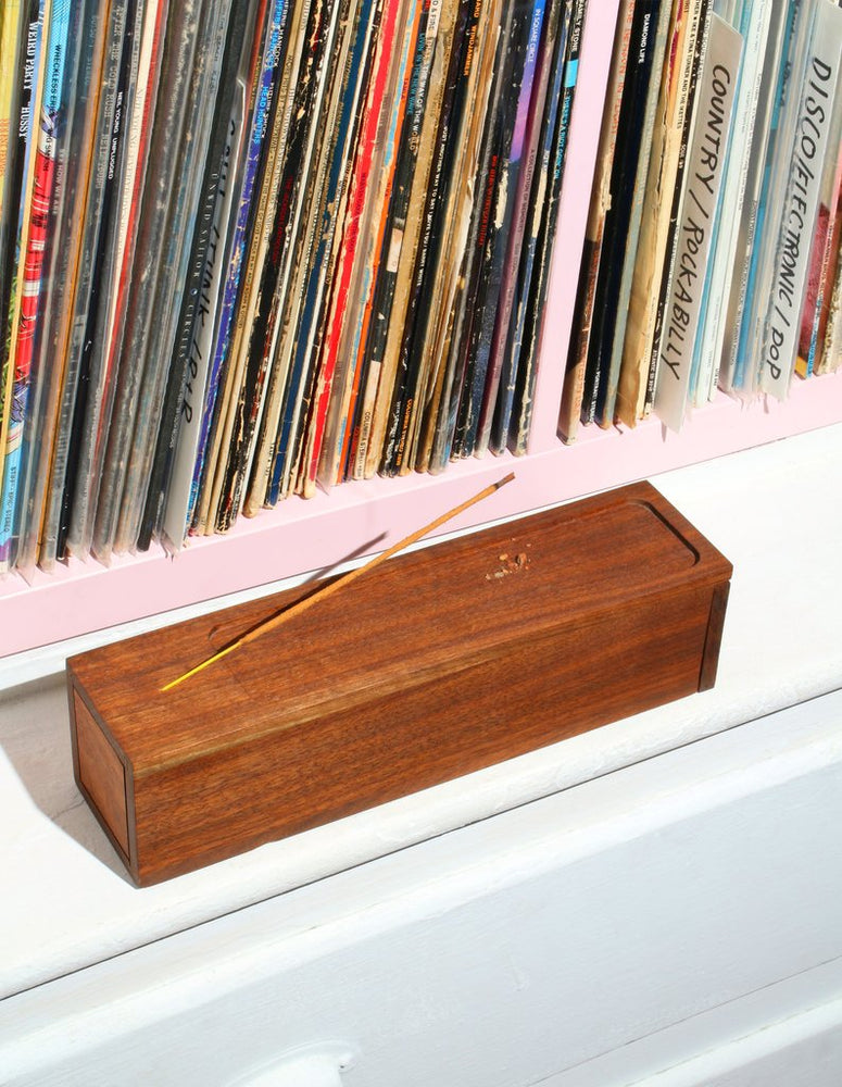 Load image into Gallery viewer, Walnut Incense Burner Box