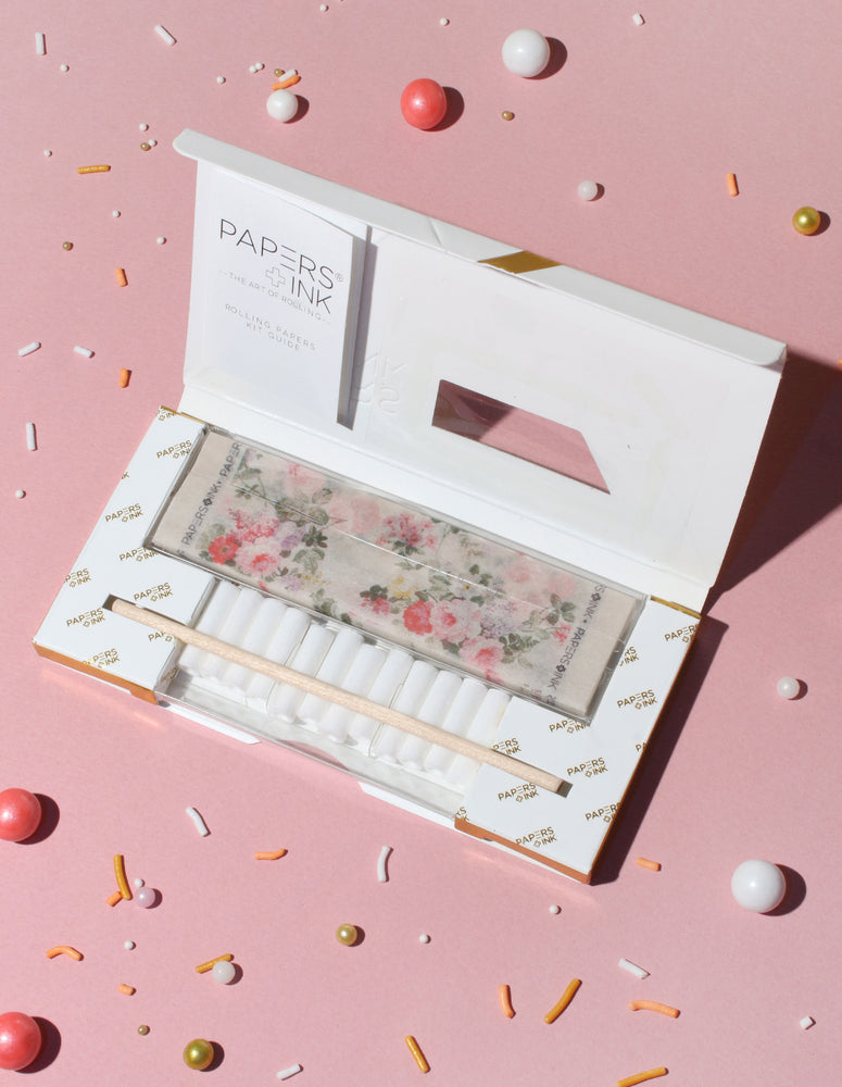 Deluxe Rolling Papers Kit