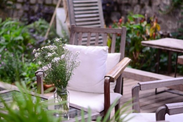 4 Patio Design Ideas: How to Make a Small Patio Feel Gigantic