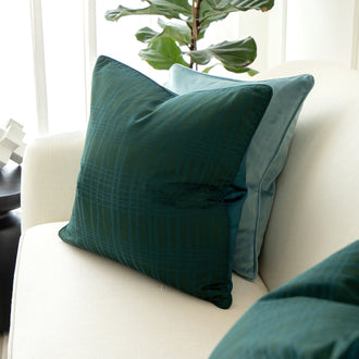 Load image into Gallery viewer, TYRA CANOVA Decorative Cushion
