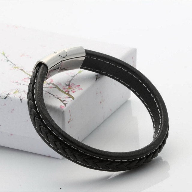 (Classic Steel Magnetic Buckle )19,21,23cm Size Choose Genuine Leather Stainless Steel Leather Bracelet Fashion Charm Bracelet