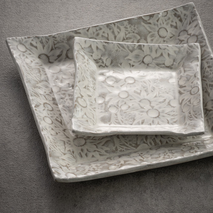 Flannel Flower Square Plates