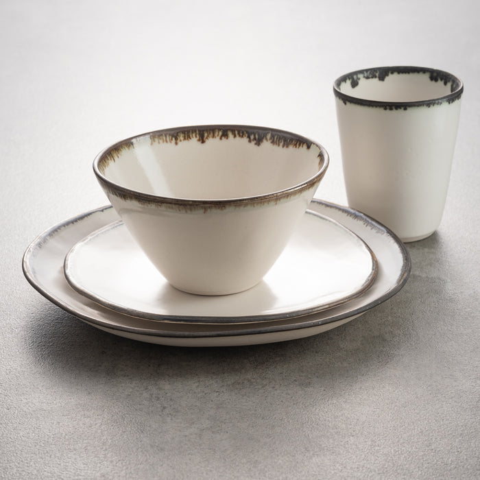 Dinner Set 4 piece Porcelain by Elke Lucas