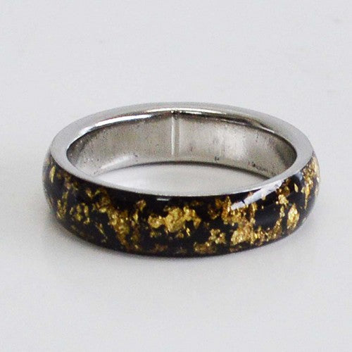 Band ring 23.5k Gold size 8