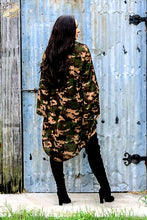 Load image into Gallery viewer, Velvet Camo long sleeve kimino