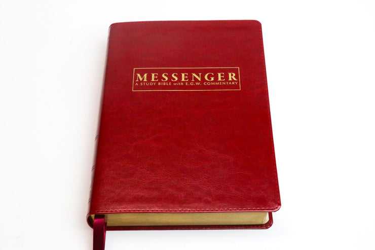 The NKJV Messenger Study Bible - Cherry Red