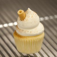 Eggnog Cupcake - available until December 24th