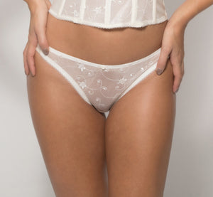 Lace Briefs in Bone