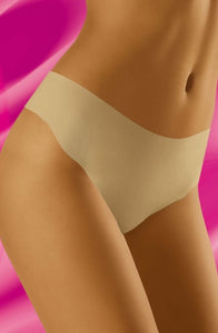 Seamless Thong in Beige Nude