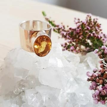 Citrine Cut Stone Ring