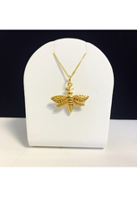 Load image into Gallery viewer, Queen Bee Necklace
