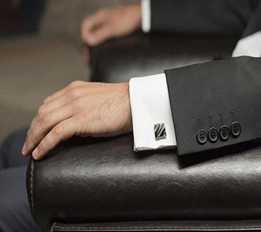 A Guide to Choosing the Right Cufflinks