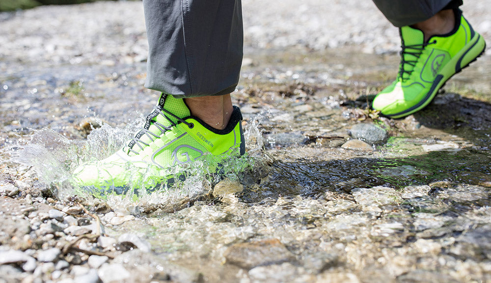 sports sneakers keep feet dry whatever the weather