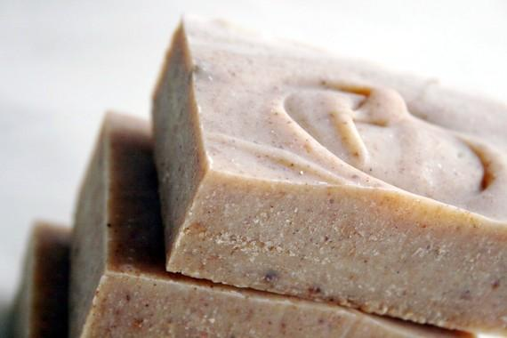 Three Kings Soap - Deep Spicy Scent - Frankincense