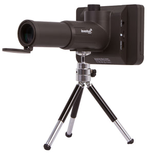 Spotting scope with a built-in digital camera and remote control