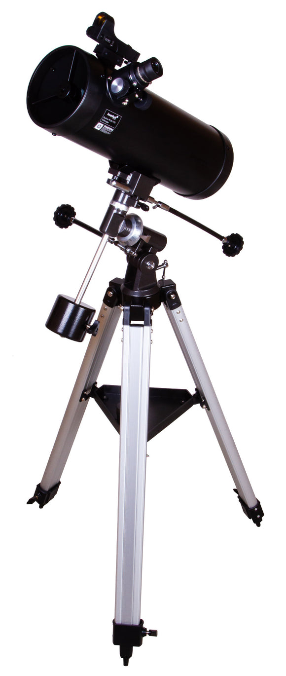 Newtonian reflector. Aperture: 114mm. Focal length: 450mm