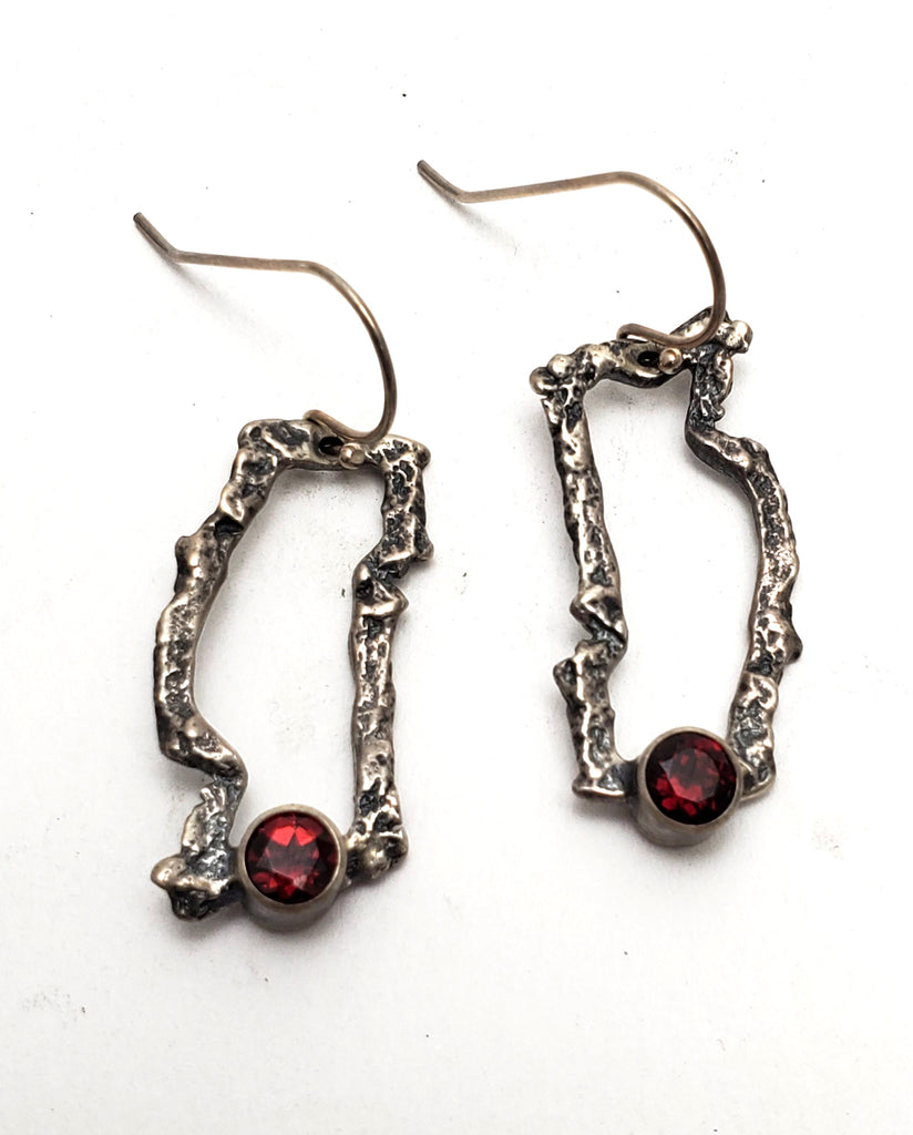 Bark Hoop Earrings with Garnets