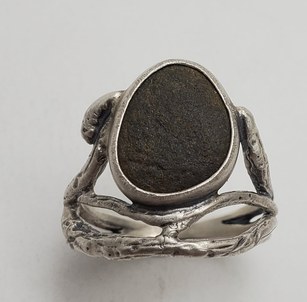 Multi-Twig and Riverstone Ring