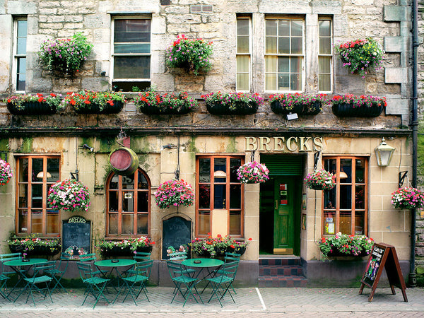 Brecks Pub - Edinburgh, Scotland