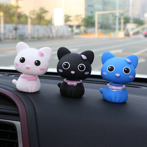 Car Ornament Cartoon Shake