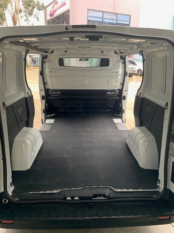 Renault Trafic X82 (Long Wheel Base) - Rubber mat