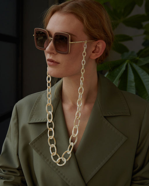 orris london | SMILEY CHAIN | GLASSES CHAIN | MOTHER OF PEARL | HANDMADE ACETATE