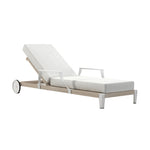Robinwood Chaise with wheels