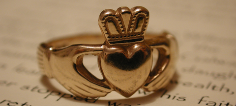 claddagh ring of love, irish love ring story