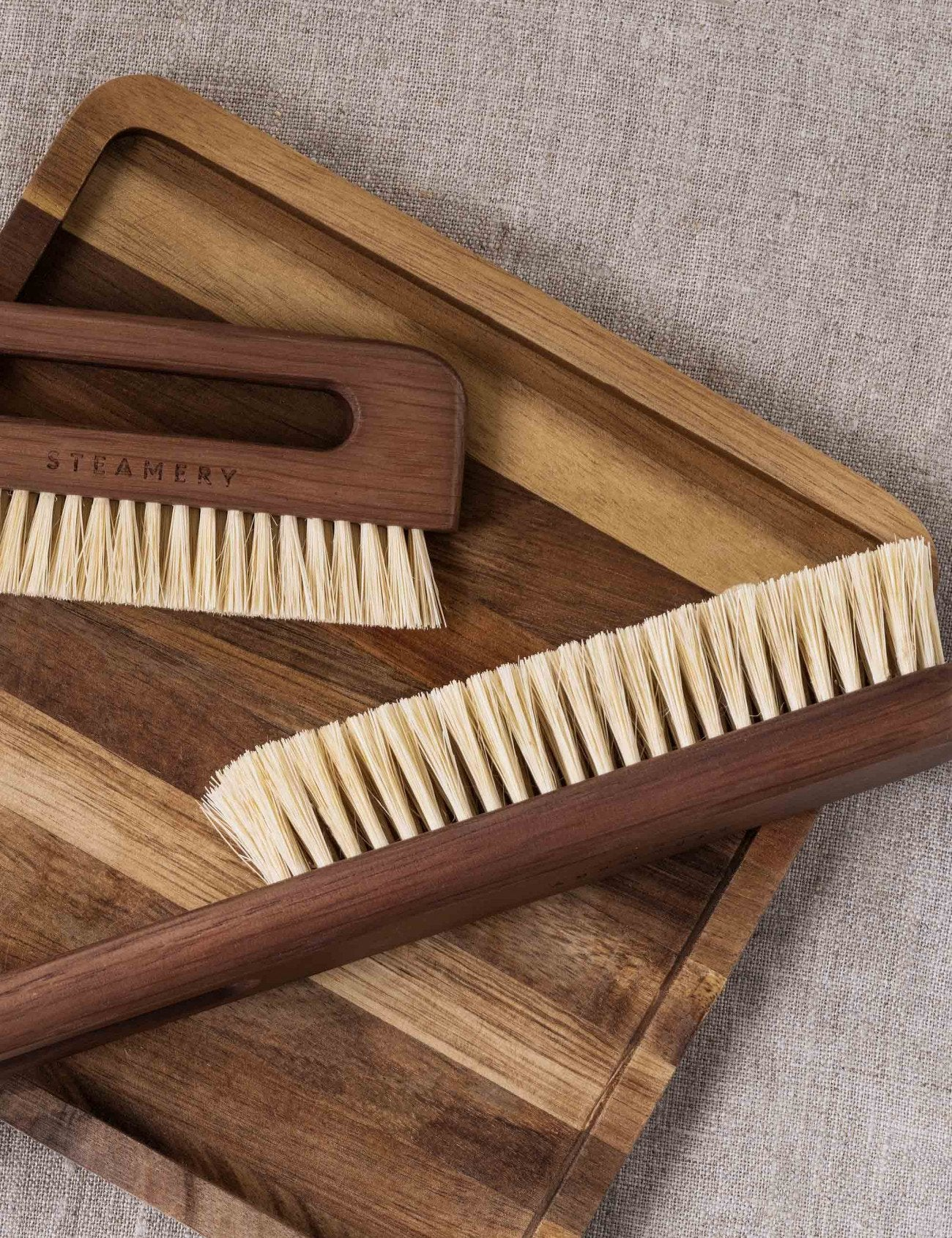 Vegan Clothing Brush