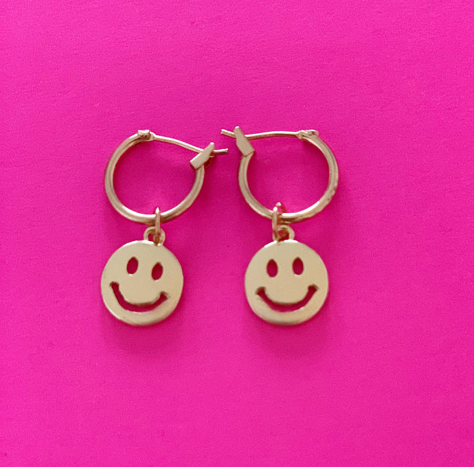 Happy Smiley face earrings