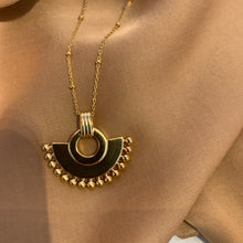 Load image into Gallery viewer, Mona necklace gold