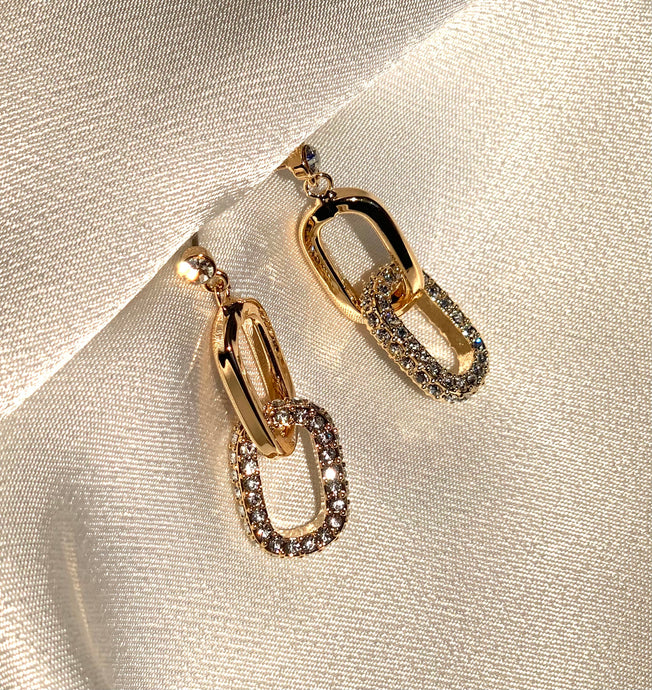 Chain earrings gold