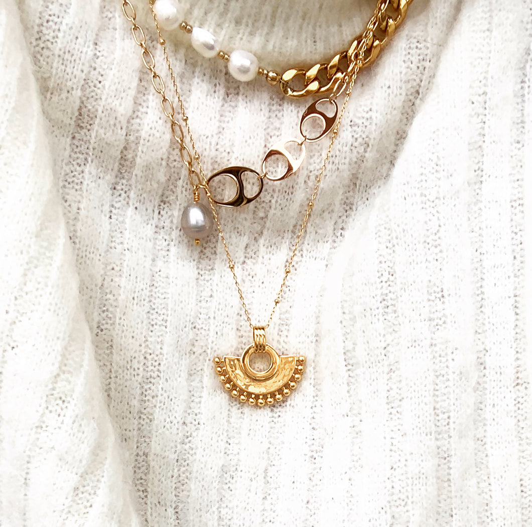 Mona necklace gold