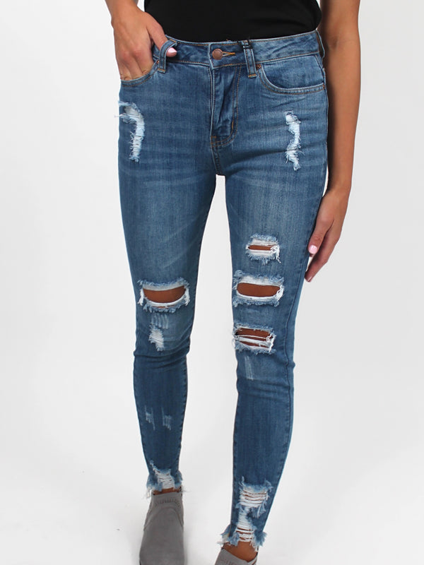 Chevy High Rise Frayed Jean (PLUS Available)