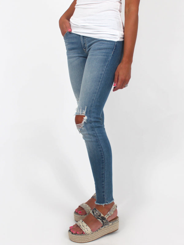 Sloan Distressed Skinnies