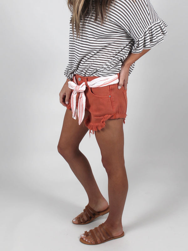 Effortless Distressed Shorts | Rust