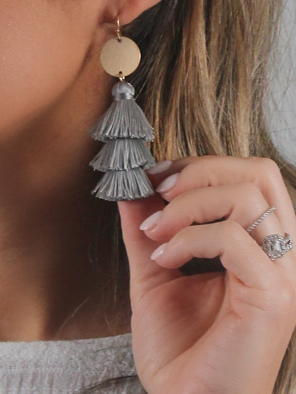 Playa Tassel Earrings | Grey