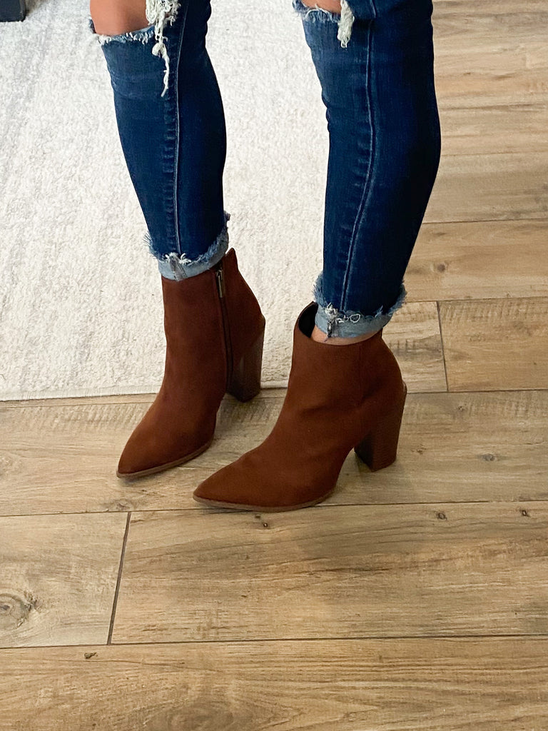 Nashville Pointed Toe Booties | Caffe
