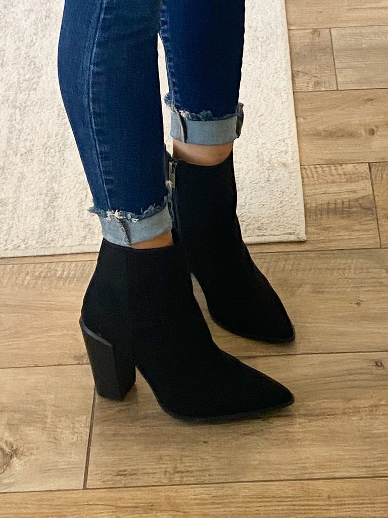 Nashville Pointed Toe Bootie | Black | FINAL SALE