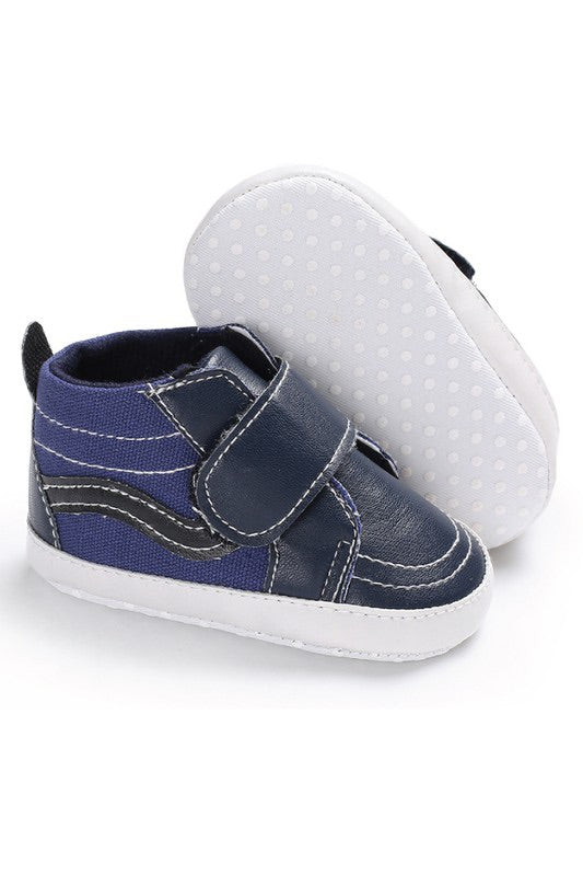 Tiny Talulah Crib Sneaks | Navy