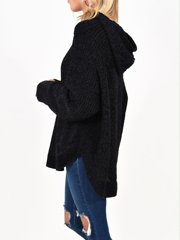 Lark Hooded Chenille Sweater | Black